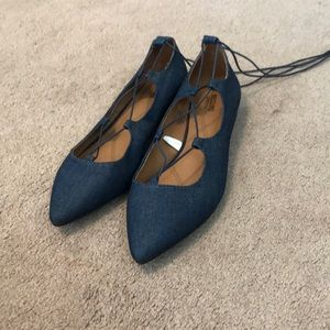NWOT Navy lace up flats